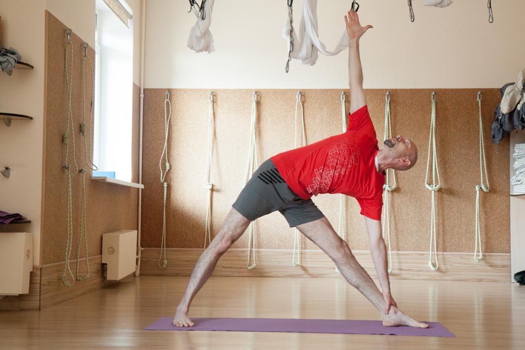 Класс айенгар йога